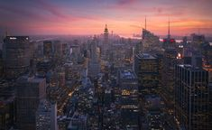 Classic New York City view shot during a beautiful sunset by Michael @shainblum | newyork newyorkcity newyorkcityfeelings nyc brooklyn queens the bronx staten island manhattan @lingkingman @ellistuesday @BastienGchr @Parccy