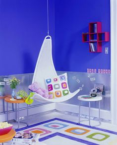 i so want one of these chairs!!  http://www.diyideas.com/roombyroom/Bedrooms/creative-kids-rooms_ss10.html