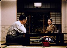 The red teapots of Ozu films.