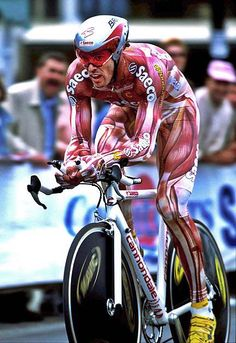 """Mario Cipollini """"muscle suit"""", Super Mario what an interesting cyclist Cycling Wear, Pro Cycling, Cycling Jerseys, Cycling Bikes, Cycling Outfit, Alpe D Huez, Bicycle Race, Road Bikes, Triathlon"""