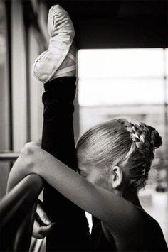 bailarina calentando