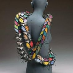 Marjorie Schick, Spine, 2013, necklace, painted wood, nylon cord, 381 x 7.6 x 0.3 cm, photo: Joel Degen