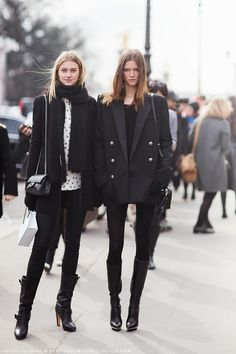Kasia Strauss #offduty at Paris #fashion week #PFW total black #outfit #moda