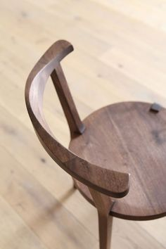 The beautiful and elegant Lagare chair by Hirashima Inc. #WoodenChair