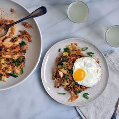 Kimchi Style Cabbage and Fried Eggs (Or, Faux-Chi) - A super quick and easy twist on our fermented favorite. Easy Weeknight Meals, Easy Meals, Food Categories, Recipe Categories, Kimchi Recipe, Little Lunch, Vegetarian Entrees, Eating Habits, Easy Healthy Recipes