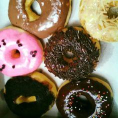 Donut enak,harga terjangkau. Laziz