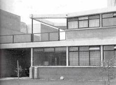 Conjucto de casas de Juana Zahar, México DF 1956  Arq. René Range -l  Garden view, Duplex units for Juana Zahar, Mexico City 1956