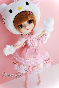 Moeru - Pullip Hello Kitty | nananananaa I wanna touch the s… | Flickr