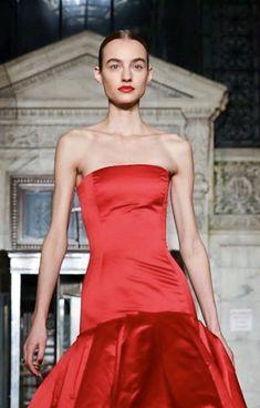 Strapless Dress, Dresses, Fashion, Oscar De La Renta, Strapless Gown, Vestidos, Moda, Fashion Styles, Dress