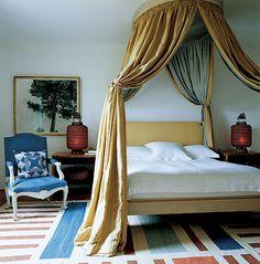 Antique, modern: bedroom • Chester Jones
