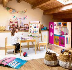 buhardilla de juegos para niños_00425995