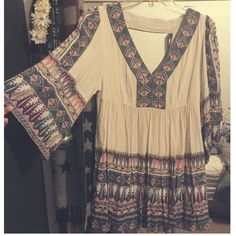 """Free People Aztec print Terra Nova Dress Reposh- love it! just didn't end up wearing it for the event I bought it for. Great condition. For reference I am 5'4"""" hits mid thigh (: Free People Dresses Mini"""