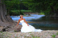 The Marquardt Ranch Hill Country Weddings Guadalupe River Outdoor Bridal Portraits - photo by Team Exclusive Photography
