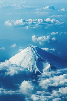 tumblr: Mt Fuji, Japan....photo by toshio Kawai/500px