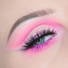Soft and glittery Cute Makeup Looks, Makeup Eye Looks, Eye Makeup Art, Pink Makeup, Pretty Makeup, Colorful Makeup, Makeup Inspo, Eyeshadow Makeup, Makeup Inspiration