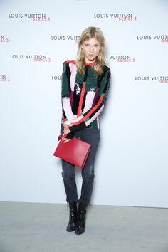 Clémence Poésy en top et bottines Louis Vuitton à l'exposition Series 3 à Londres http://www.vogue.fr/mode/inspirations/diaporama/fwpe16-les-meilleurs-looks-de-la-fashion-week-de-londres-printemps-t-2016-soires-dfils/22653#clmence-posy-en-top-et-bottines-louis-vuitton-lexposition-series-3-londres