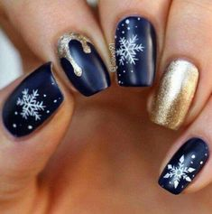 Snowflakes❄❄ #BlueAndGold #Christmas #nails