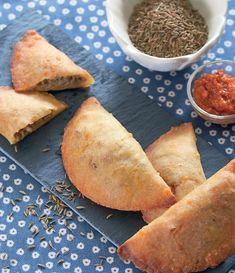 Små lækre pirogger, som er lækre på et frokostbord eller i madpakken