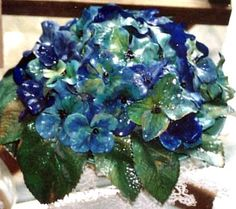 Tony's Handwerkblog: bloemenDit zijn goedkopenplastic bloemen.Geverfd en gevernist.