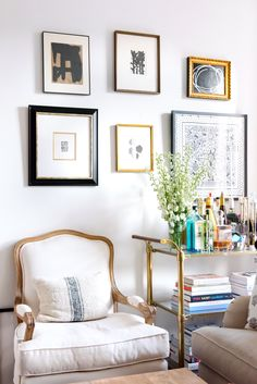 Gallery wall. Manhattan Apartment, Dream Apartment, Apartment Living, Living Room, Parisian Apartment, York Apartment, Shabby Chic Side Table, Nyc Decor, Ikea