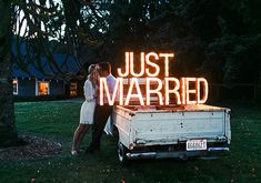 diy marquee signage | photo by Michele M. Waite Photography