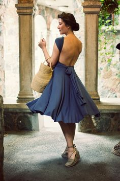 #sexyback - Jamie Beck - amazing blackless blue dress