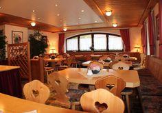Das Frühstücksbuffet im AKZENT Hotel Alpenrose ist vielfältig und lässt einen jeden morgen gut in den Tag starten