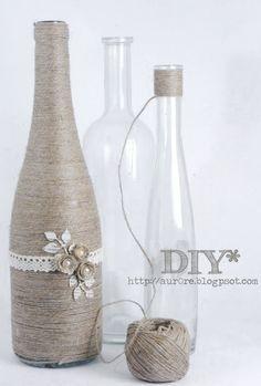 Eine schöne Vasenidee....eine Flasche umwickelt mit Kordel