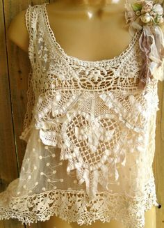 Lovely lace top - great to layer