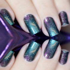 A relatively new galaxy nails trend brings the whole universe to your fingertips.