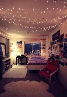 Fairy lights are great ways to make your bedroom cozy!