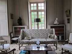 La sala de estar / Librería sofá