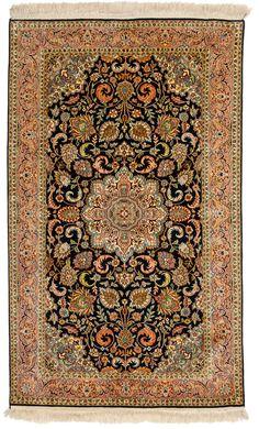 Knots 70 per sqcm Persian Carpet, Persian Rug, Art Watch, Iranian Art, Square Rugs, Oriental Rugs, Magic Carpet, Old Art, Islamic Art