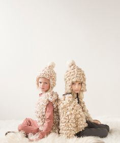 Super chunky and soft llama wool kids knitwear for fall/winter 2015 by Luisa et la Luna