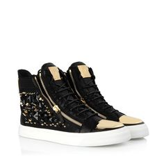 Sneakers - Sneakers Giuseppe Zanotti Design Men on Giuseppe Zanotti Design Online Store @@Melissa Nation@@ - Fall-Winter Collection for men and women. Worldwide delivery.  RDU322 001