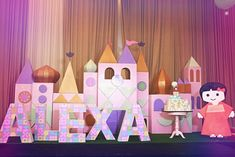 It's a small world indeed but for Alexa's first birthday bash, Luxe Parties made sure that every detail was anything but small. Expecting Luxe Parties larger than life execution of even the tiniest details, I love how they successfully created this whole darling scene especially for this little cutie, Alexa. From the entrance down to …