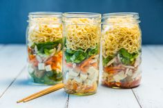 Mason Jar Instant Soup Don't worry—we have a love-hate relationship with instant ramen too. Luckily this nutrient dense Mason Jar Instant Soup is ready in under 10 minutes. Mason Jar Lunch, Mason Jars, Mason Jar Meals, Meals In A Jar, Mason Jar Recipes, Snack Jars, Rice Noodle Soups, Soup In A Jar, Instant Ramen