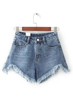 Shorts bajo desflecado en denim - azul