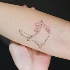 다리가 짧은 고양이  .  #솔타투#tattooistsol#sotattoo
