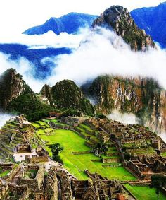 Machu pichu. so beautiful!