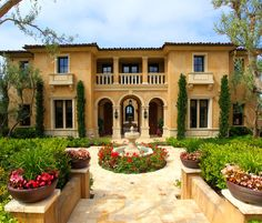 Excellent Mediterranean Style House Colors And Mediterranean House Decor Similiar Mediterranean Style Homes Exterior Keywords Tuscan Style Homes, Mediterranean Style Homes, Spanish Style Homes, Tuscan House, Mediterranean House Exterior, Italian Homes Exterior, Spanish Revival, Spanish Exterior, Exterior Homes