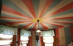 AMAZING ceiling!! Wouldn't know how to do this if I tried!!!