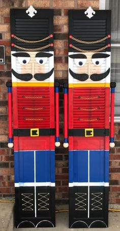 These amazing nutcrackers were made out of window shutters!! Jayne Curtis shared these and I am in love!! These would look amazing on each side of the front door for Christmas time. Jayne said they stand nearly 80 inches tall.