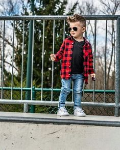 Cute fashion outfits for the boys Cute Baby Boy, Baby Boys, Cute Boys, Toddler Boys, Kids Boys, Toddler Boy Style, Baby Outfits, Outfits Niños, Little Boy Outfits