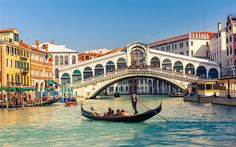 Venice, Rialto Bridge, Summer, tourists, travel, canal, Italy, Europe