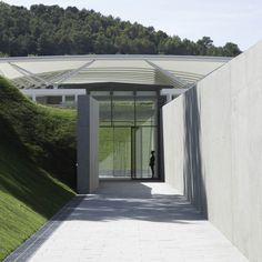 Chateau La Coste Art Gallery / Renzo Piano Building Workshop
