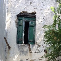 Skyros, Skyros, Greece — by Kelly S. Abandoned house in the traditional village of Skyros island. Abandoned Houses, Island Life, Picture Video, Greece, Travel Photography, Around The Worlds, Windows, Memories, Doors