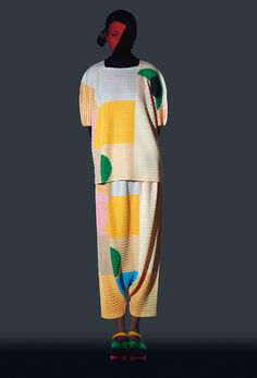 <p>For the second time Ikko Tanaka's famous graphic design studio collaborated with Issey Miyake on this gorgeous new collection. Ikko Tanaka and Issey Miyake met in the 1960s and maintained a deep co