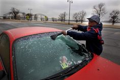 Tennessee officials declared a state of emergency on Tuesday as ice storms hit a swathe of territory in the mid-South of the United States and concerns grew about flooding and dangerous road conditions. (via NBC News; photo via The Commercial Appeal via AP)