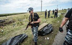 Separatistas pró-Rússia se apossam dos corpos das vítimas do voo MH17   #AlexanderBorodai, #MalaysiaAirlines, #Separatistas, #VladimirPutin, #VooMH17